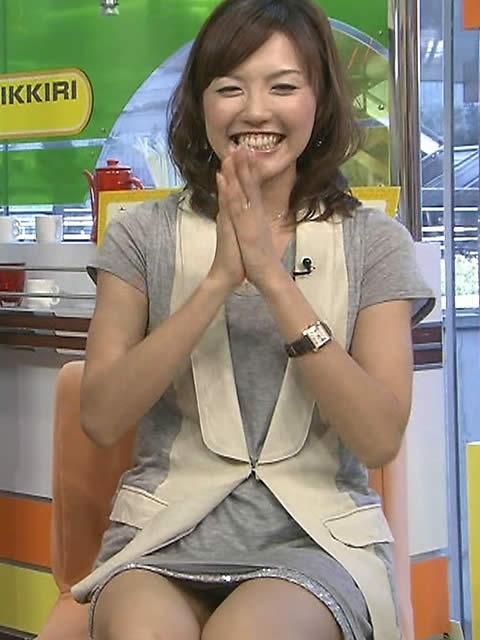 日本テレビ 杉上佐智枝【胸チラ☆▼ゾーンチラしまくりアナw】   女子アナ☆ガチ野郎